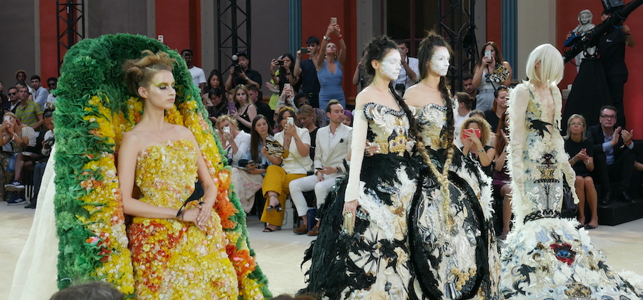 Dossier Couture Automne Hiver 2019_2020 - Guo Pei ©LuxuryTouch