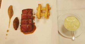 Faux Filet de Boeuf Wagyu, Duxelle de Champignons au Soja, Pommes Pont Neuf et Sauce Choron Par Cédric Deckert pour La Merise 7 rue d'Eschbach, 67580 Laubach