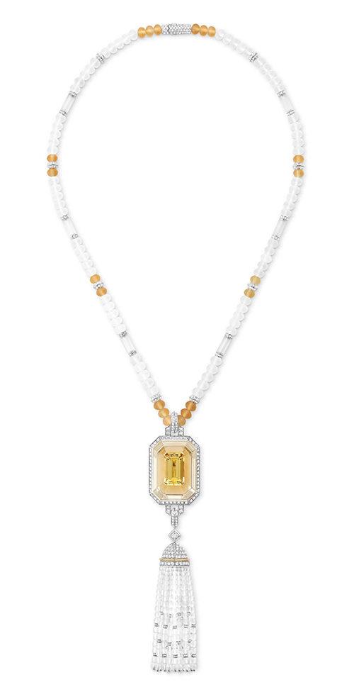 Boucheron - Haute Joaillerie - Sautoir serti dun beryl Héliodore, Citrines, Diamants, Or Blanc
