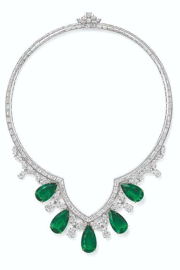 Harry Winston - Haute Joaillerie New York - Collier Cathedral - Emeraudes, diamants et Platine