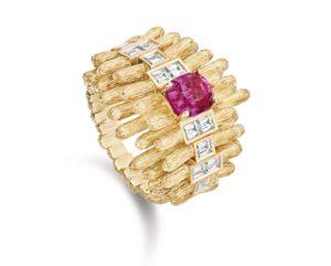 PIAGET Haute Joaillerie - Bague Golden Oasis en or rose, Spinelle taille Coussin, diamants taille baguette