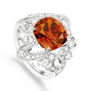 PIAGET Haute Joaillerie - Bague Irresistible Attraction -Grenat Mandarin, Diamants et Or Blanc