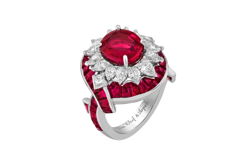 Van Cleef & Arpels - Haute Joaillerie Romeo & Juliet - Bague Filtre d'Amour - Rubis, diamants et Or Blanc
